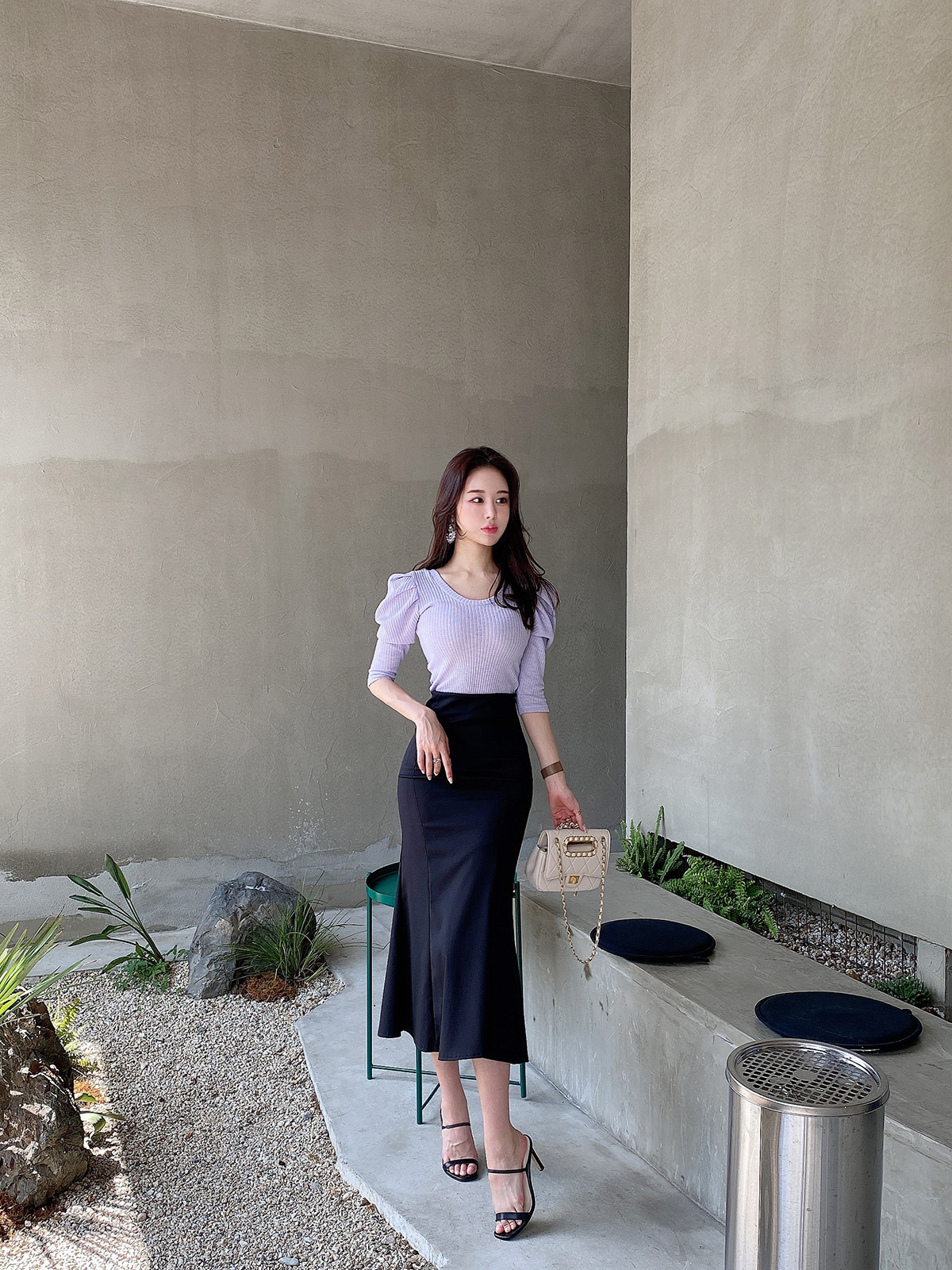 チューリップスカート カラー:ブラック、アイボリー