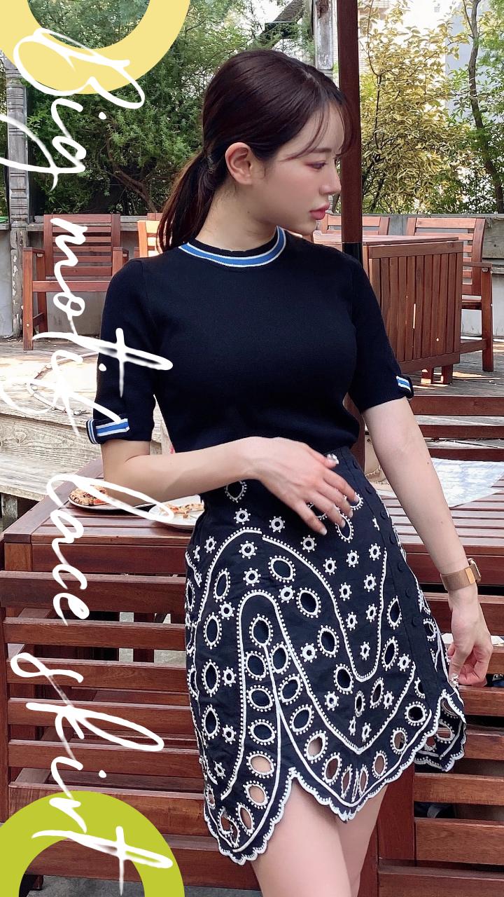 ビッグモチーフレースskirt カラー:ホワイトコットン、ダークネイビー