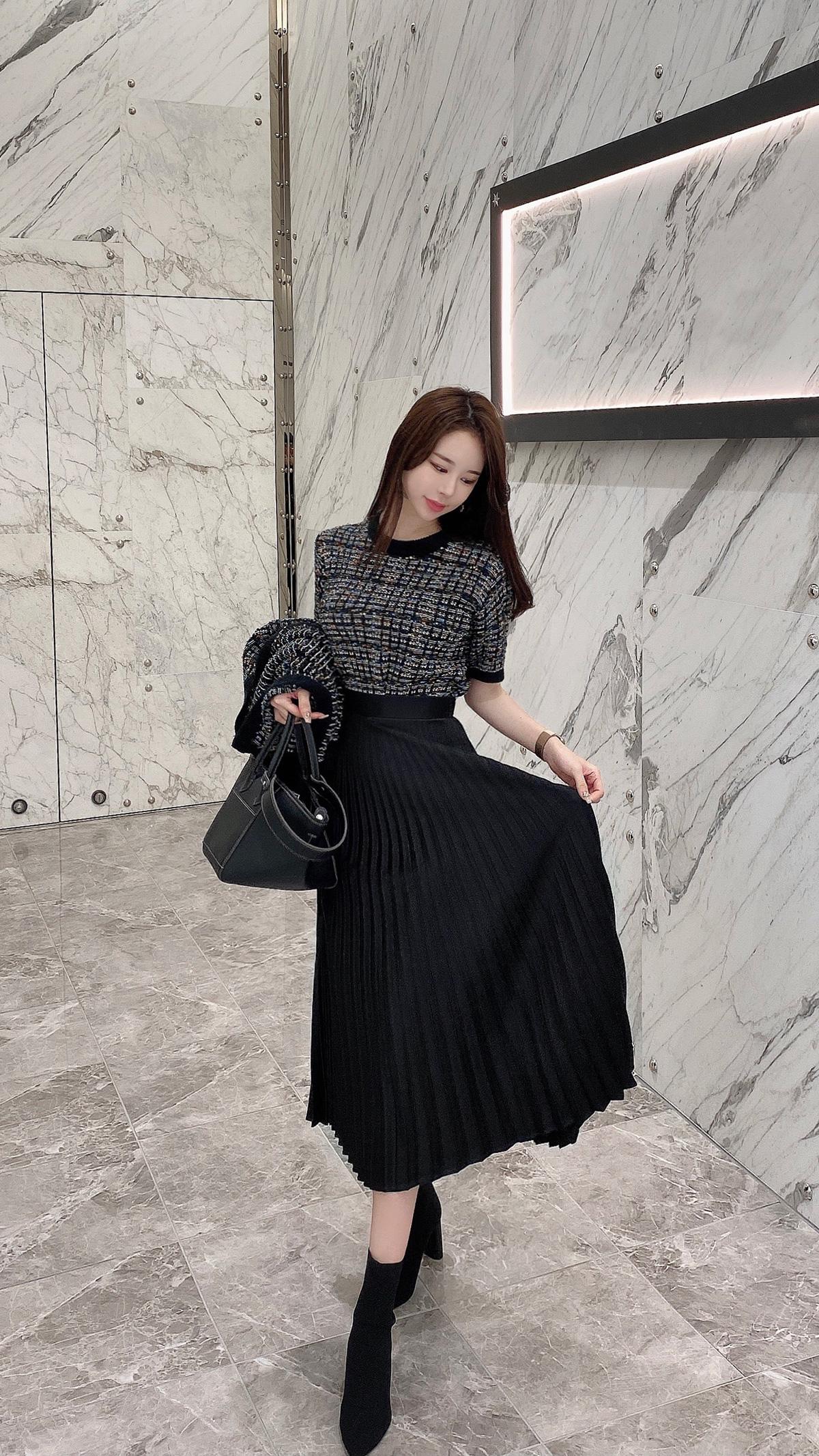 カロスプリーツスカート カラー:ブラック、ベージュ、アイボリー